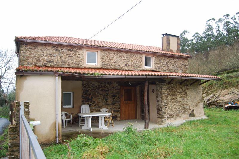 foto de Casa en venta en Cesuras  3