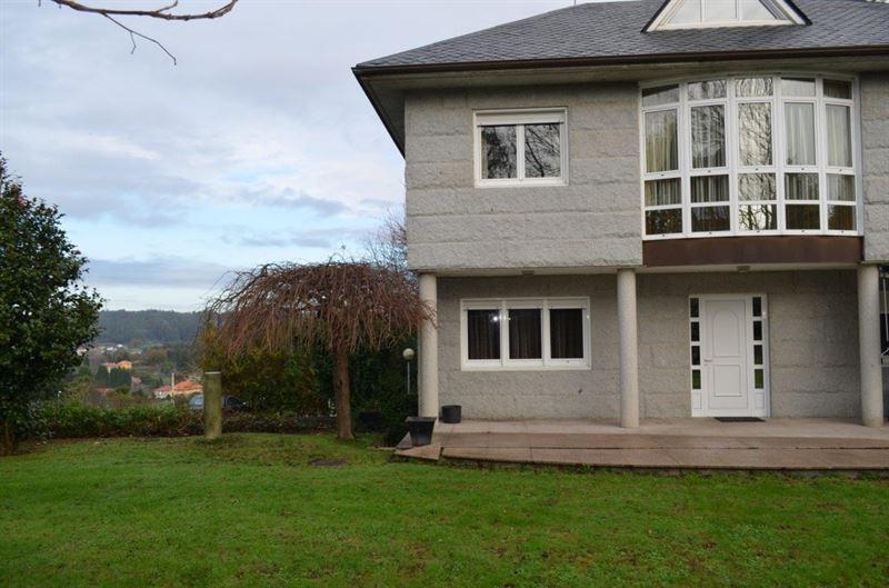 foto de Casa en venta en Cambre - Brexo  21