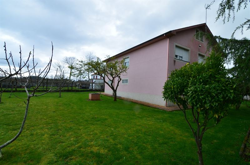 foto de Casa en venta en Coirós  40