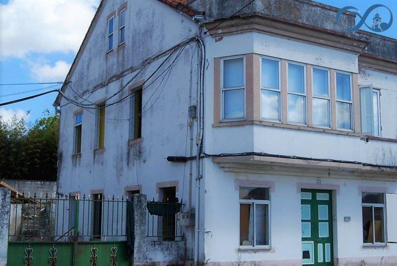 foto de Casa en venta en Cambre  2