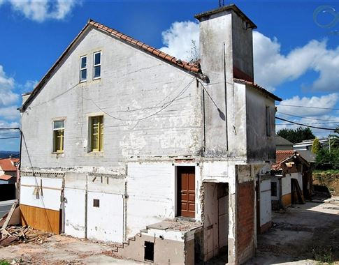 foto de Casa en venta en Cambre  4