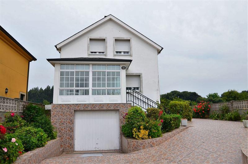 foto de Casa en venta en Oleiros - Iñás  1
