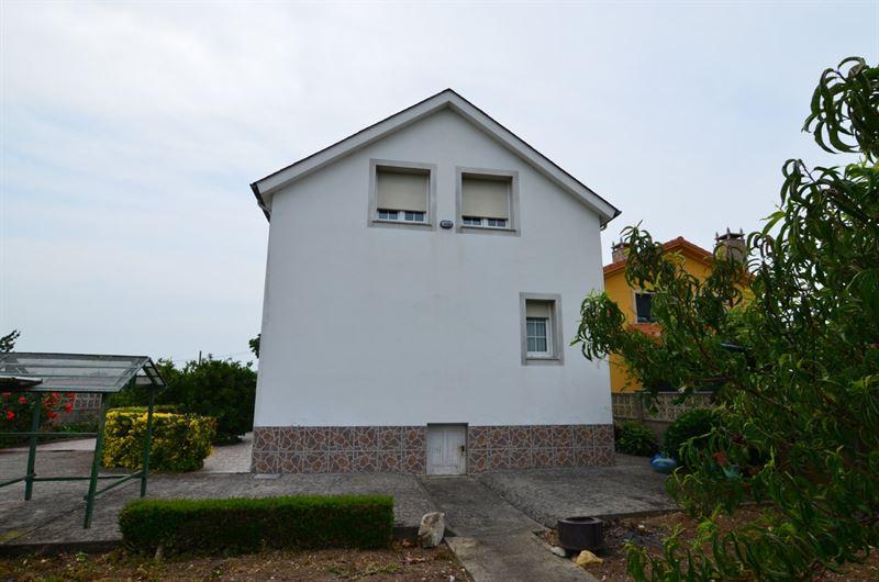 foto de Casa en venta en Oleiros - Iñás  23