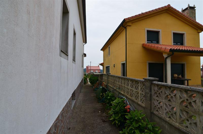 foto de Casa en venta en Oleiros - Iñás  24