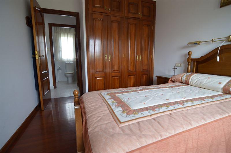 foto de Casa en venta en Oleiros - Iñás  5