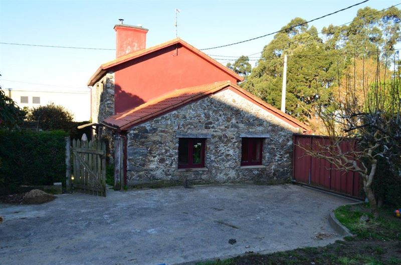 foto de Casa en venta en Oleiros  20