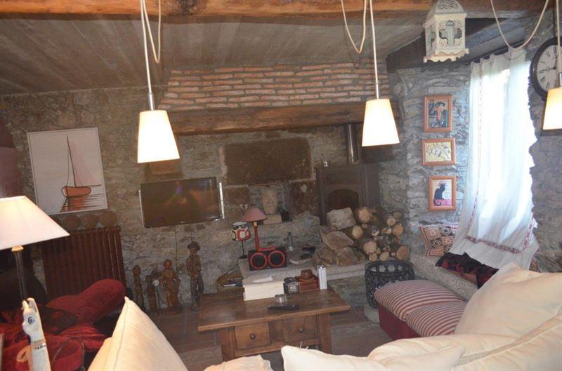 foto de Casa en venta en Oleiros  3