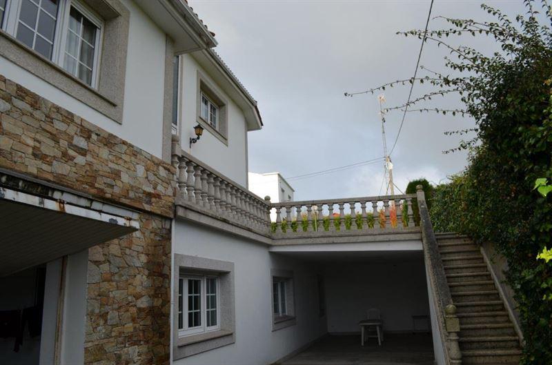 foto de Casa en venta en Oleiros  5