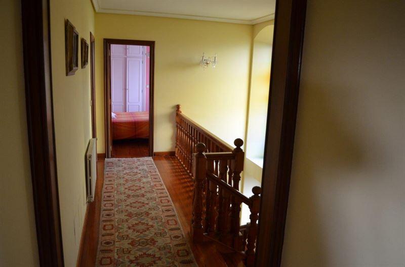 foto de Casa en venta en Oleiros  54