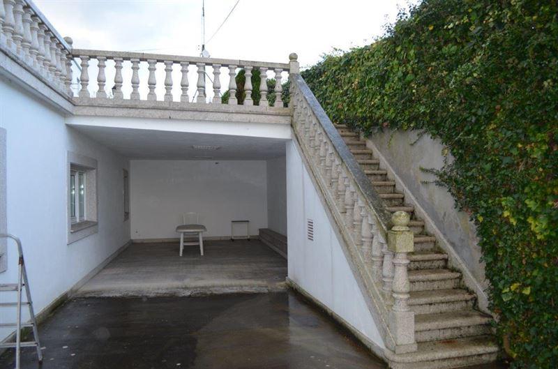 foto de Casa en venta en Oleiros  74