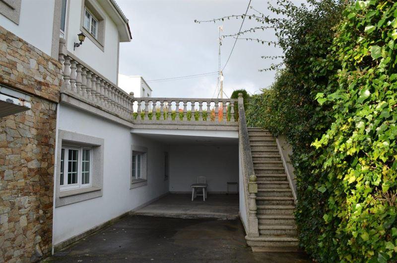 foto de Casa en venta en Oleiros  9
