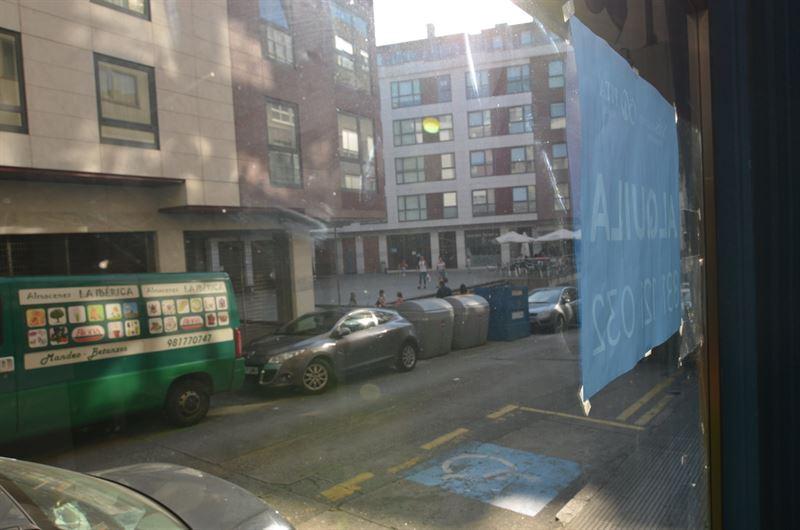 foto de Local comercial en alquiler en Betanzos  4