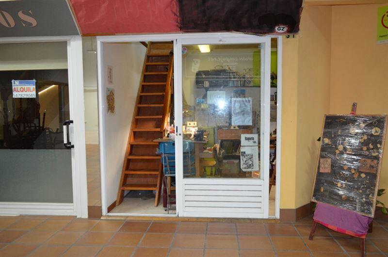 foto de Local comercial en venta en A Coruña  1