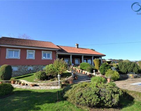 foto de Casa en venta en Betanzos  3