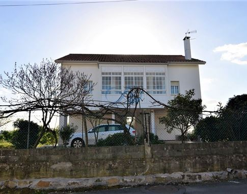 foto de Casa en venta en Bergondo  2